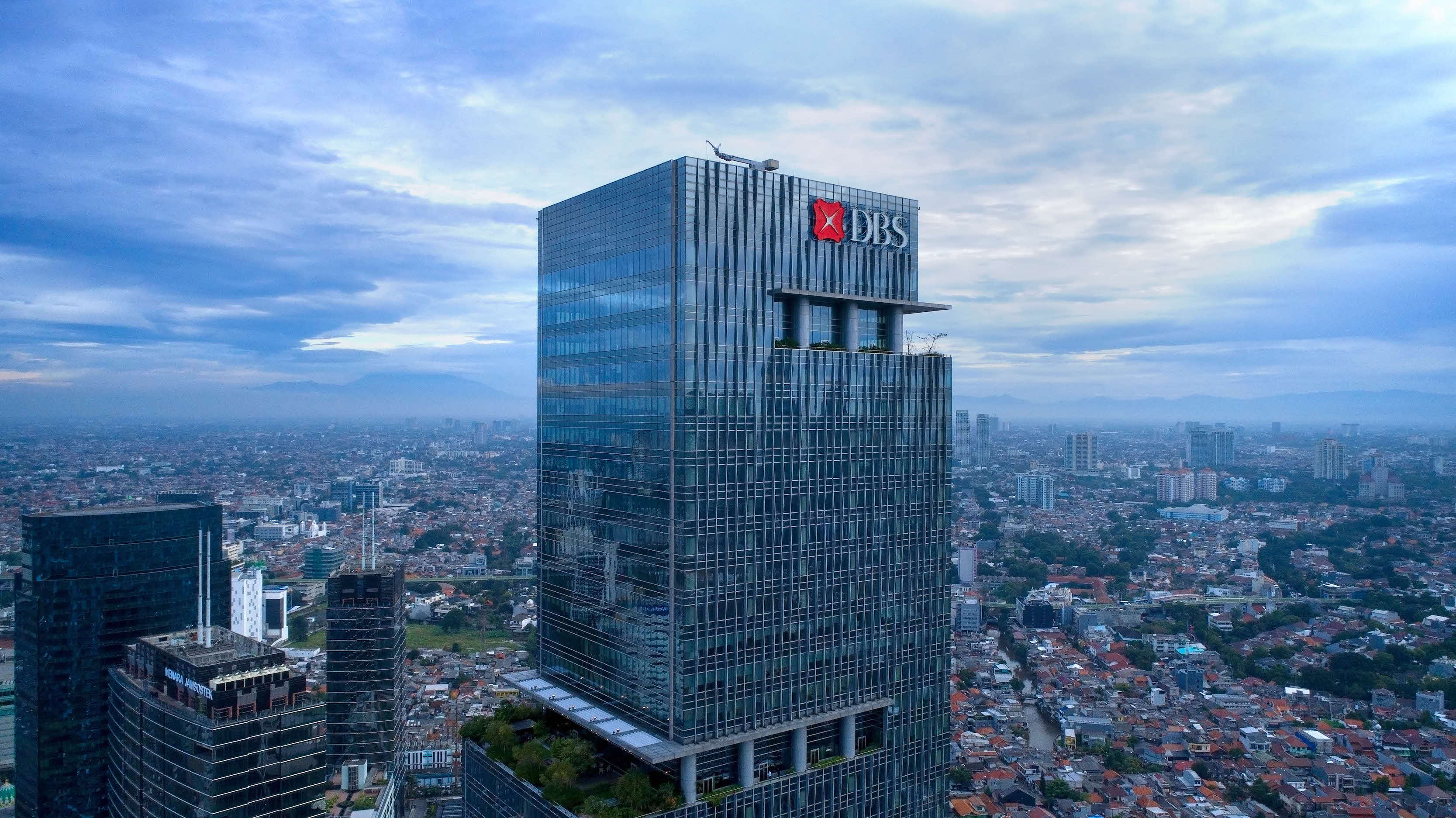 "Bank DBS Indonesia raih penghargaan ""Best Employers in Indonesia 2020""  dari Kincentric"